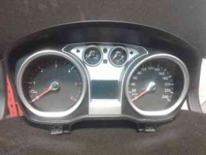 ford-focus-facelift-speedometer-8v4t-10849-gf